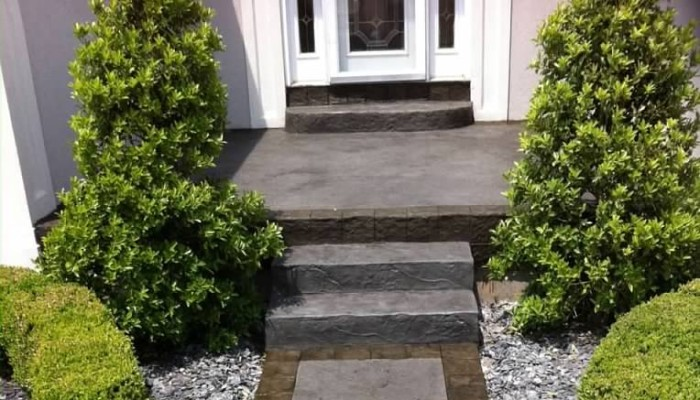 residential decorative concrete sidewalk